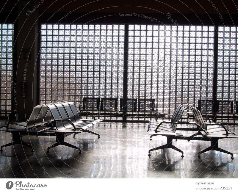Airport Faro Sonne Architektur Glas Stuhl Flughafen Portugal Abflughalle Faro