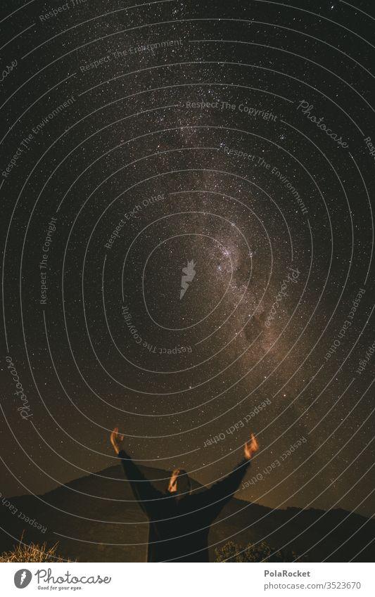 #As# looking up Sternenhimmel Sternbild sternenklar Sternenzelt Sternenhaufen Sternschnuppe Milchstrasse Beobachtung Außenaufnahme Himmel Nachthimmel Galaxie