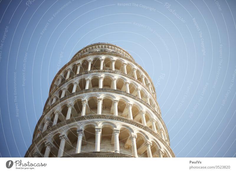 gerader schiefer Turm von Pisa pisa Schiefer turm schiefer turm von pisa toskana urlaub tourismus massentourismus historische architektur sommer sonnenschein