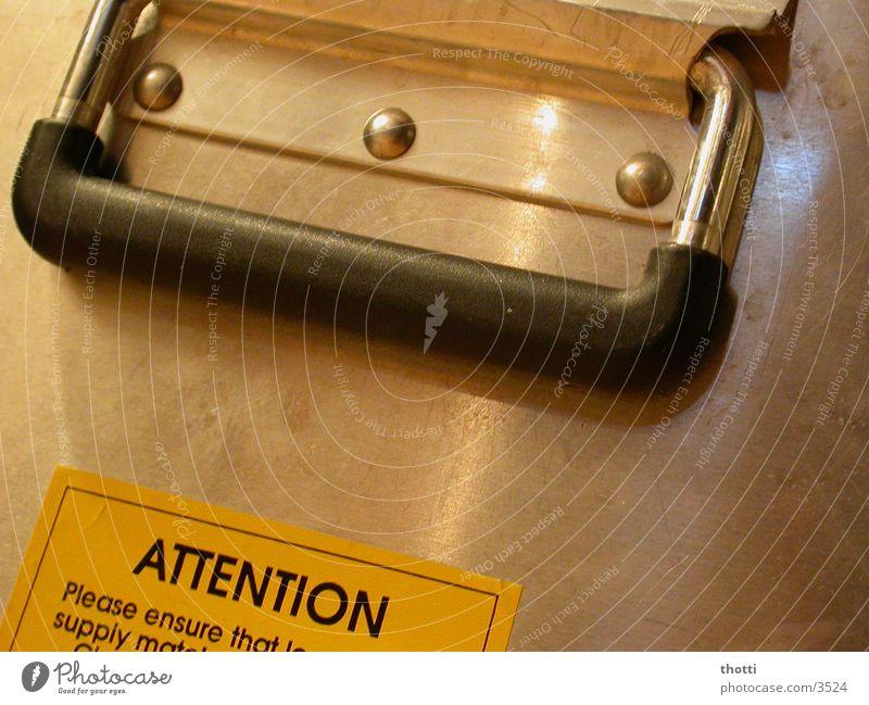 Attention Technik & Technologie Koffer Etikett Respekt Griff Kiste Warnhinweis Aluminium Elektrisches Gerät