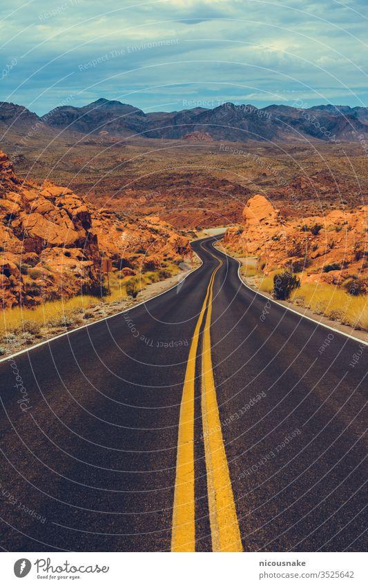 Valley of Fire State Park, Nevada, USA Valley of fire Tal des Feuer-Staatsparks Elefant Feuerwelle Bogen amerika Amerikaner trocken schön blau bunte Felsen wüst