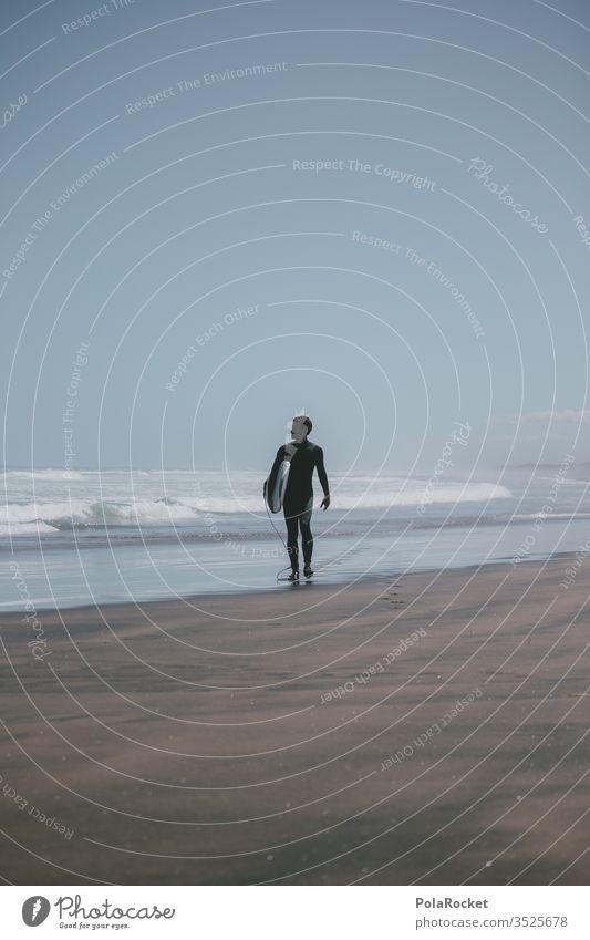 #AS# Next wave Surfen Surfer Surfbrett Surfschule Textfreiraum rechts Außenaufnahme Totale Zentralperspektive Schwache Tiefenschärfe Sonnenlicht