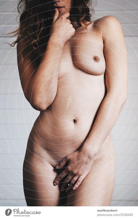 nackte weibliche korper