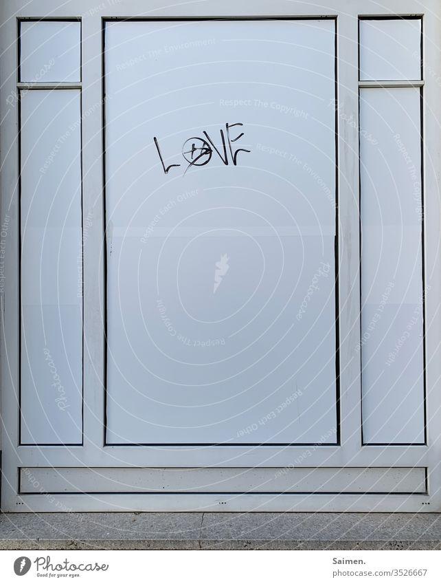 Strukturliebe Liebe linien Muster geometrisch Design Fenster Gebäude Fassade urban Oberfläche Außenseite taggen Tagg