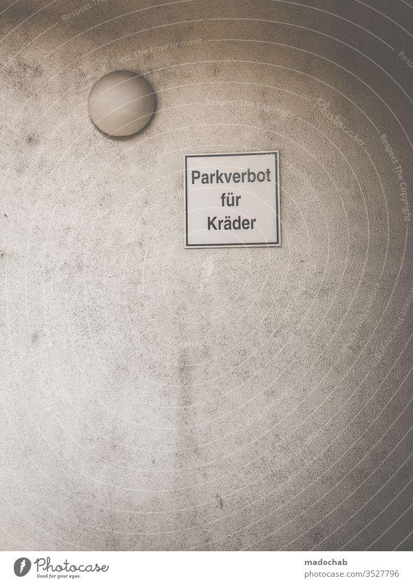 Quadratur des Kreises Schild Hinweis Verbot Schilder & Markierungen Warnschild Hinweisschild Zeichen Schriftzeichen Warnhinweis Verbotsschild Warnung