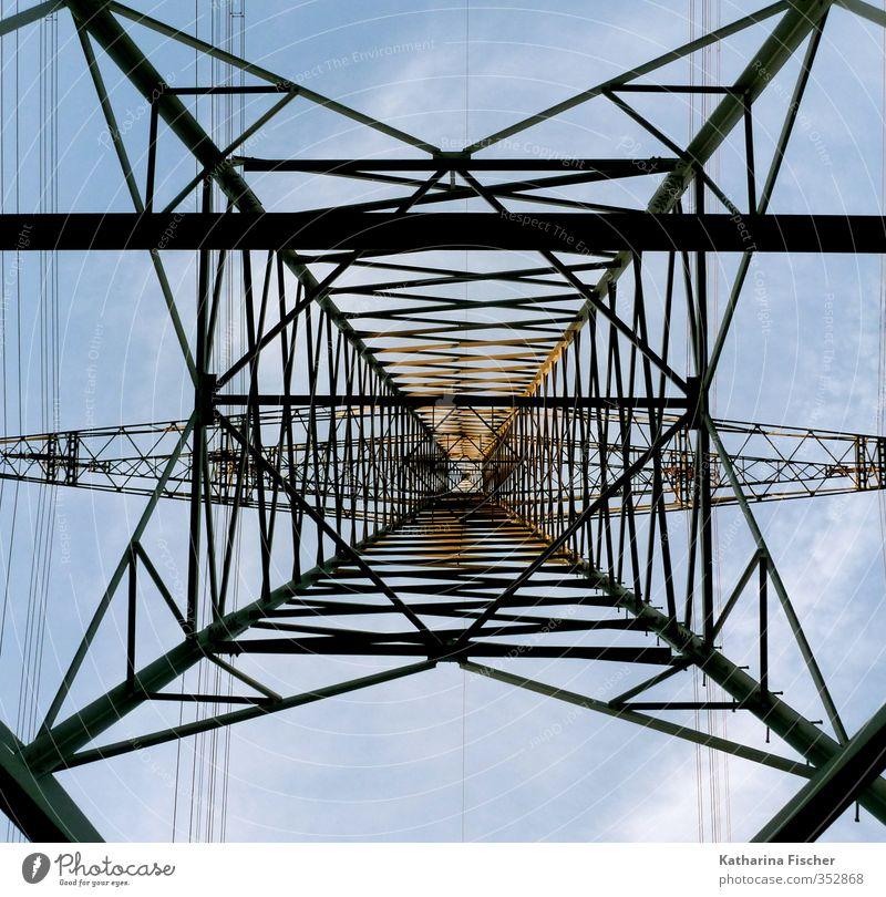 unter Strom Industrie Energiewirtschaft Technik & Technologie Fortschritt Zukunft Energiekrise Metall Stahl blau braun gelb schwarz Strommast Elektrizität