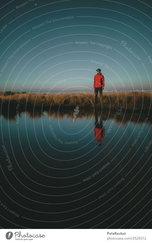#AS# Men in the mirror lake Ferien & Urlaub & Reisen Wolken Farbfoto Natur Umwelt Himmel Fernweh Landschaft Außenaufnahme Sehenswürdigkeit Gipfel blau