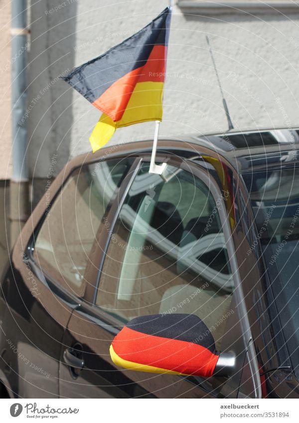 Autofahne - Deutschlandfahne am Auto - Autodach und Aussenspiegel autoflagge Fahne Flagge schwarz-rot-gold Fan Sport Weltmeisterschaft Europameisterschaft