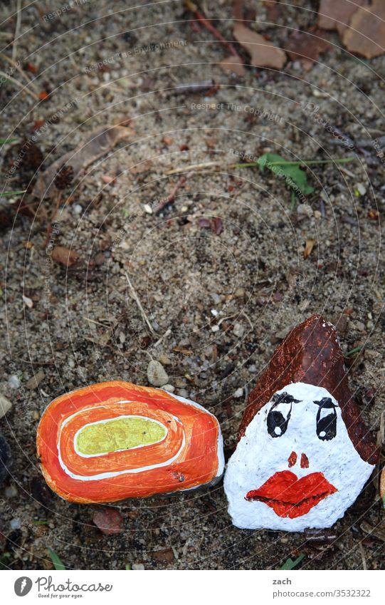 von Kindern bemalte Corona-Steine Hoffnungsschimmer malen Kindheit bunt Zusammensein Zusammenhalt Quarantäne Epidemie covid-19 Infektion Gesundheit Krankheit