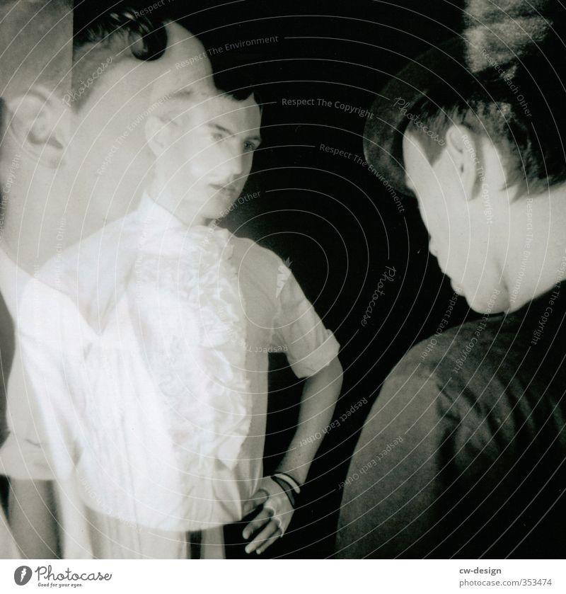HEUTE: Coming Out Day Mensch Jugendliche Mann schön Junger Mann 18-30 Jahre Erwachsene Leben Stil Kopf Mode Freundschaft Kunst maskulin Wohnung elegant