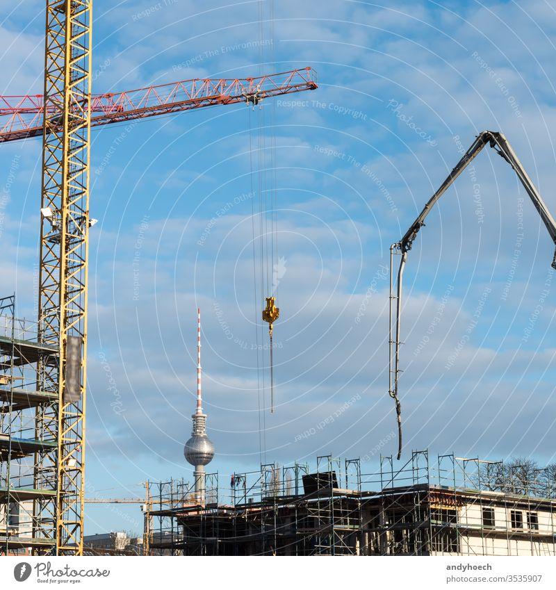 Die Baustellen der Hauptstadt Berlin Appartements Architektur Boom Bauherr Gebäude Bauindustrie Business Kapital Hauptstädte Zentrum Großstadt Beton