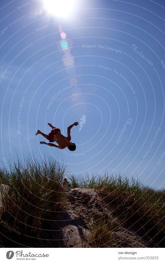 Fest der Jugend Mensch Kind Natur Jugendliche Ferien & Urlaub & Reisen Pflanze Landschaft Freude Wiese Leben Sport Bewegung Junge Küste Freiheit Stil