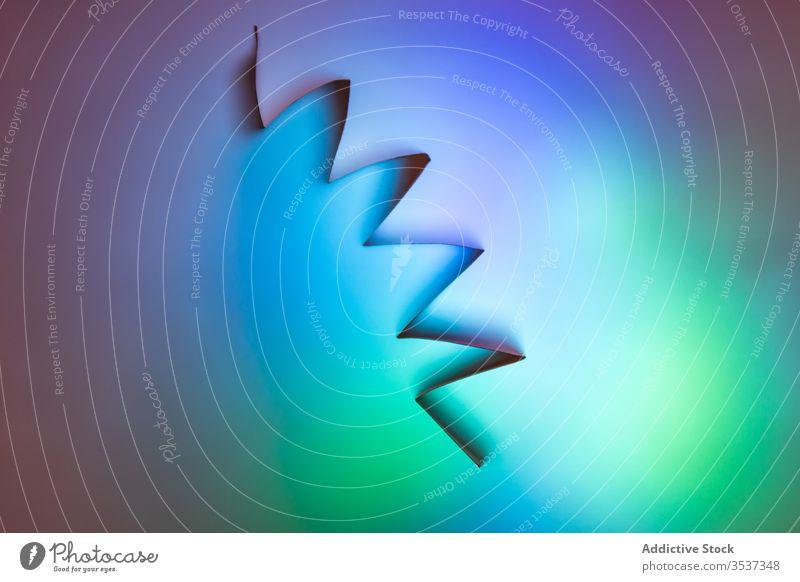 Farbverlauf bunter abstrakter Hintergrund mit geometrischen Formen Farbe neonfarbig Winkel mehrfarbig Regenbogen Vorlage Steigung Textur Geometrie