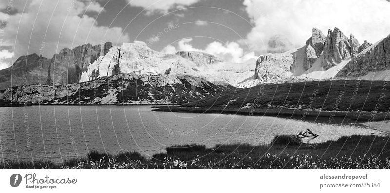 Dolomitensee Sommer Dolomiten Gebirgssee