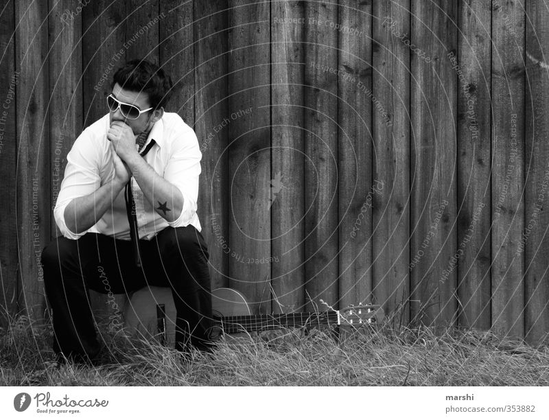 Rockstar Mensch Mann Jugendliche Freude Erwachsene Junger Mann Gefühle Haare & Frisuren Stil Stimmung Musik maskulin Freizeit & Hobby nachdenklich Lifestyle