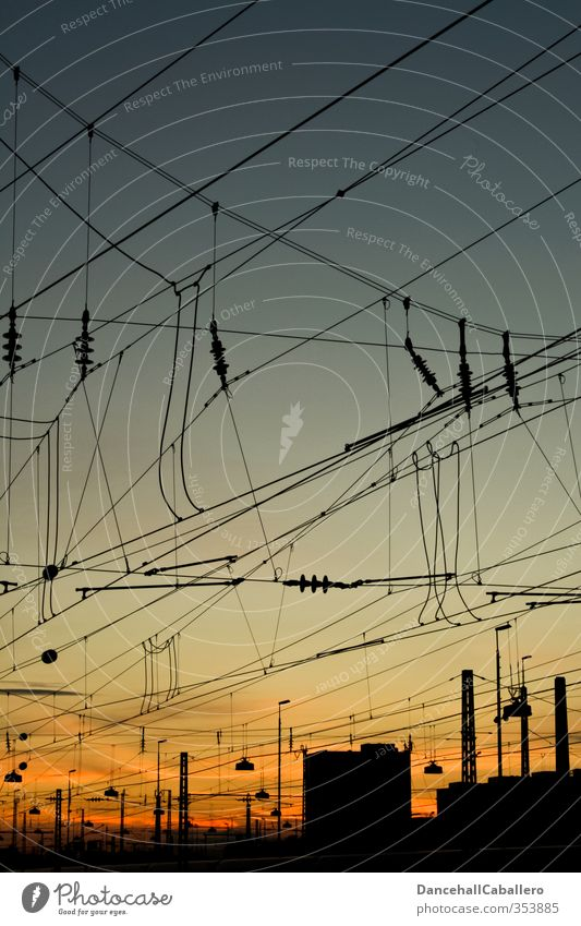 Strompolitik Stadt Haus Umwelt Gebäude Stimmung Klima Verkehr Energie Perspektive Kommunizieren Zukunft Eisenbahn Elektrizität planen Netzwerk