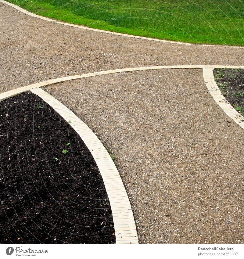 Gartenbauprojekt Natur grün schwarz Wiese Gras Frühling Wege & Pfade braun Park Erde ästhetisch planen Kreativität Landwirtschaft Ackerbau