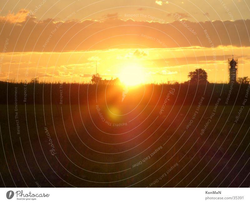 sunset in bavaria Licht Stimmung dunkel Sonne Schatten Abend hell blendet Sonnenuntergang