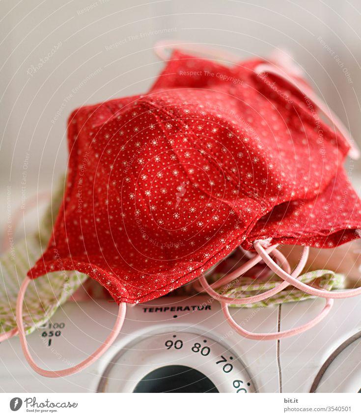 Kochwäsche Wäsche Sauberkeit Reinigen Waschmaschine Maske Schutz Schutzmaske Mundschutz Waschsalon rein Hygiene Steril Virus kochen Bakterien Corona Coronavirus