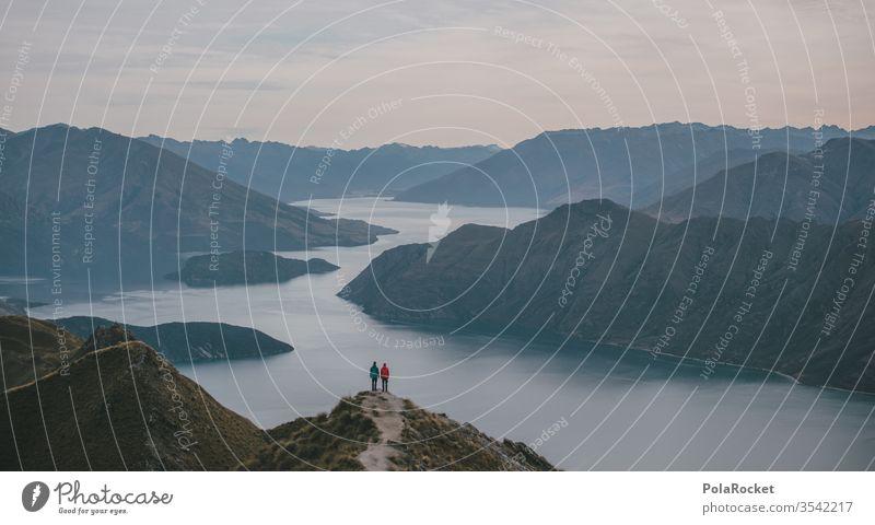 #AS# Reisebuddys Bergsee See Tag Fernweh Ferien & Urlaub & Reisen Wolken Außenaufnahme Berge Umwelt Felsen Himmel Bergkette Berghang Berge u. Gebirge
