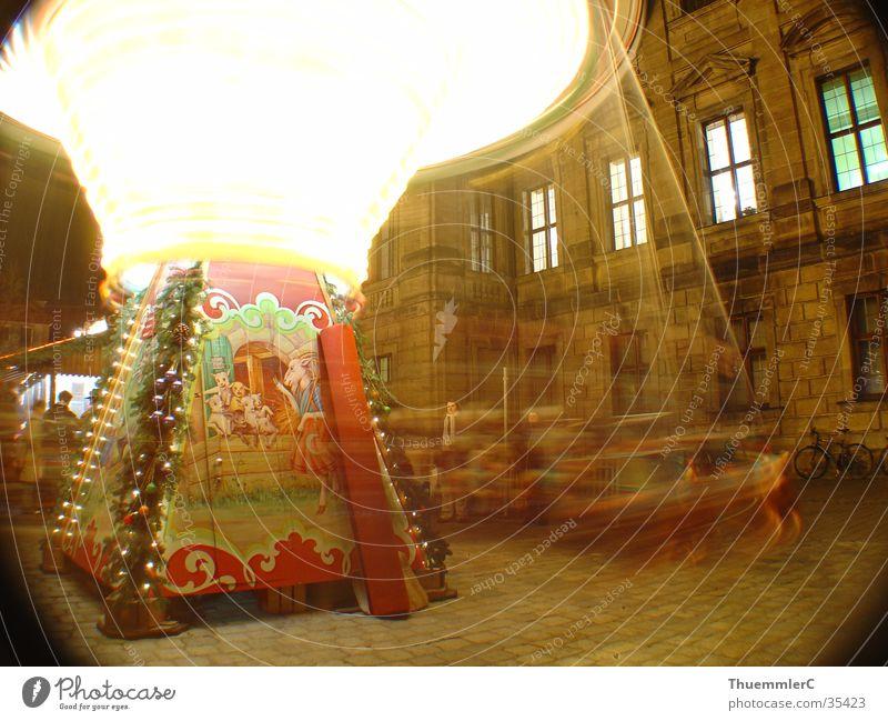 Karussell bei Nacht 1 drehen Licht Langzeitbelichtung Querformat Freizeit & Hobby Freude christkindelsmarkt erlangen Weihnachten & Advent Weihnachtsmarkt