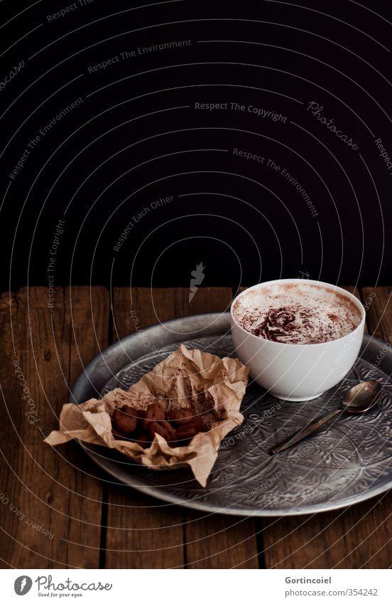 Schokoladig schwarz braun Lebensmittel Getränk Ernährung Foodfotografie süß Süßwaren lecker Schokolade Schalen & Schüsseln Holztisch Konfekt Kakao Tablett