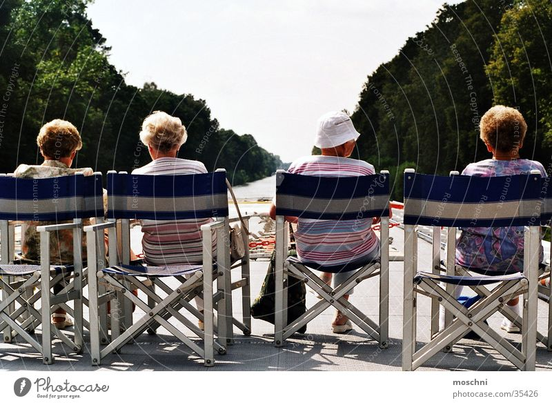Omis auf'm Sonnendeck Menschengruppe Familie & Verwandtschaft Fluss Aussicht