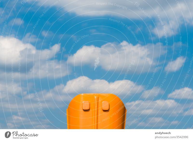 Blau und Orange in symmetrischer Harmonie abstrakt Air Kunst Hintergrund Gleichgewicht schön Fernglas blau Fall Sauberkeit übersichtlich Cloud Wolken