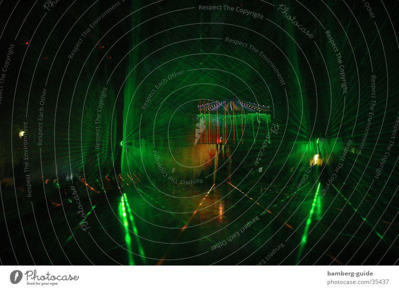 Lasershow2 Show Wissenschaften Basketball Laser