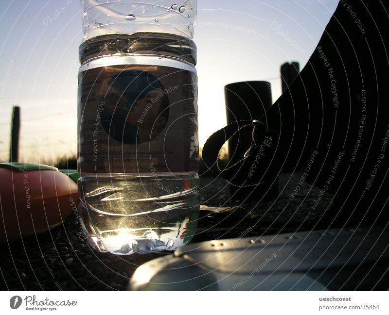 Aqua Gegenlicht Rucksack Sommer glänzend Licht Kies Dämmerung Alkohol Wasser CD Player 3 Weihern Chill
