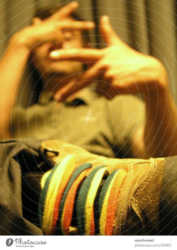 hänibäl the kännibäl Mann Hand grün Schuhe Finger 3 T-Shirt Radio Vorhang Kragen Roman