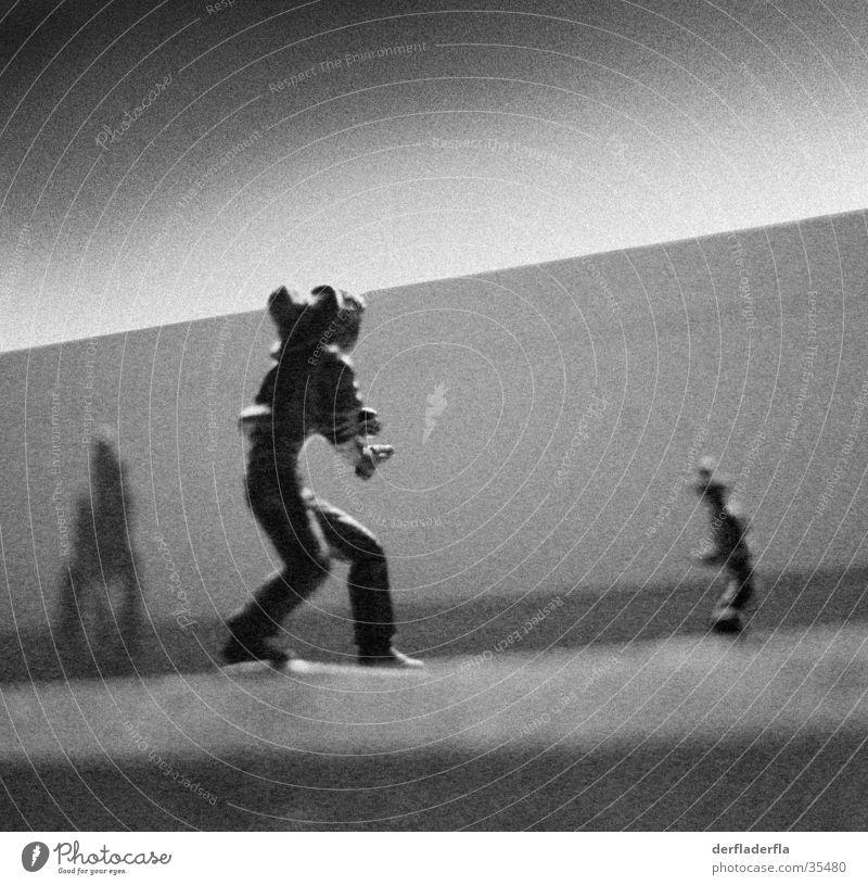 western von gestern Spielzeug Western Cowboy Pistole Duell Freizeit & Hobby Schwarzweißfoto schießerei