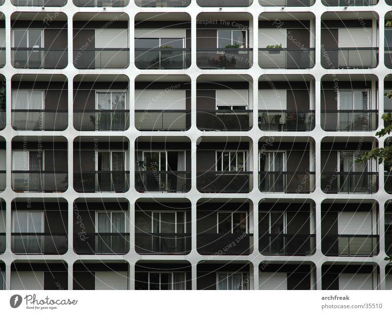 Paris Quadratisch Architektur Fassade modern trist Paris Quadrat Balkon