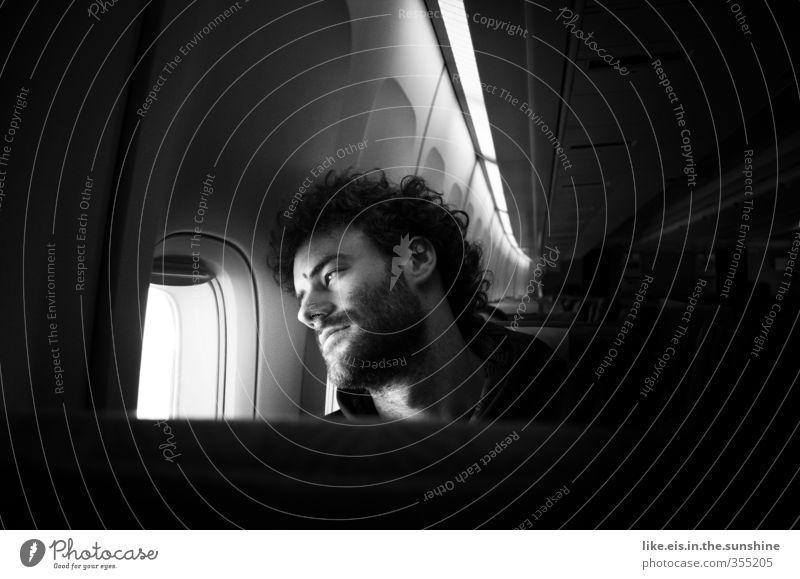 fernweh Mensch Jugendliche Ferien & Urlaub & Reisen Erwachsene Ferne Junger Mann Liebe 18-30 Jahre Flugzeugfenster träumen maskulin nachdenklich Tourismus