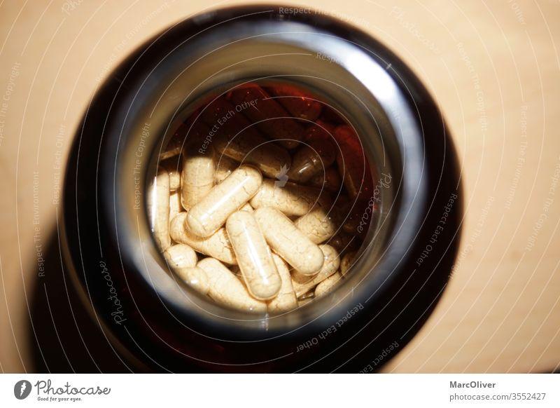 Vitamin K2 Nahrungsergänzungs Tabletten nutrition supplement vitamin k2 nahrungsergänzung zink magnesium kalzium eisen medikament pille gesundheit capsules