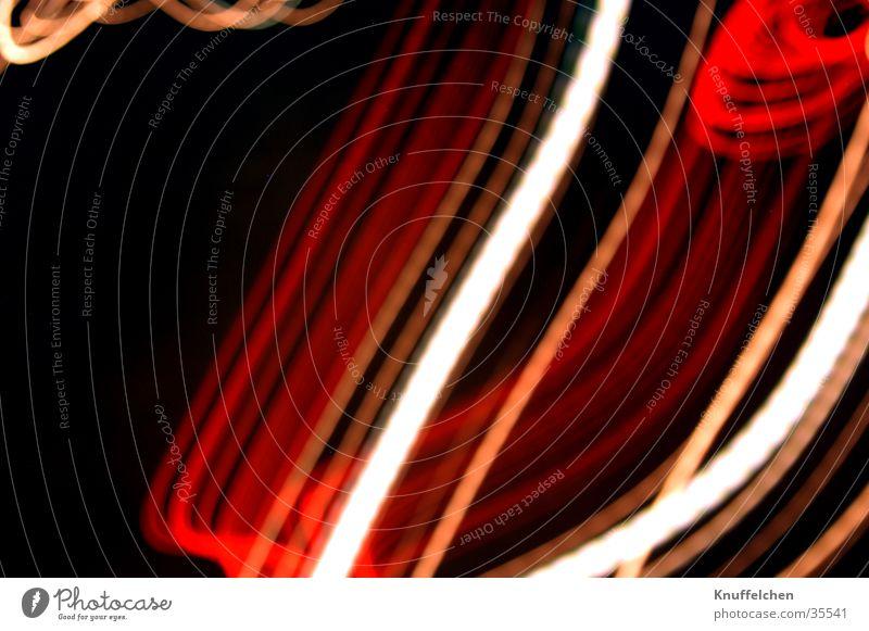 Stylish Streifen weiß rot Langzeitbelichtung