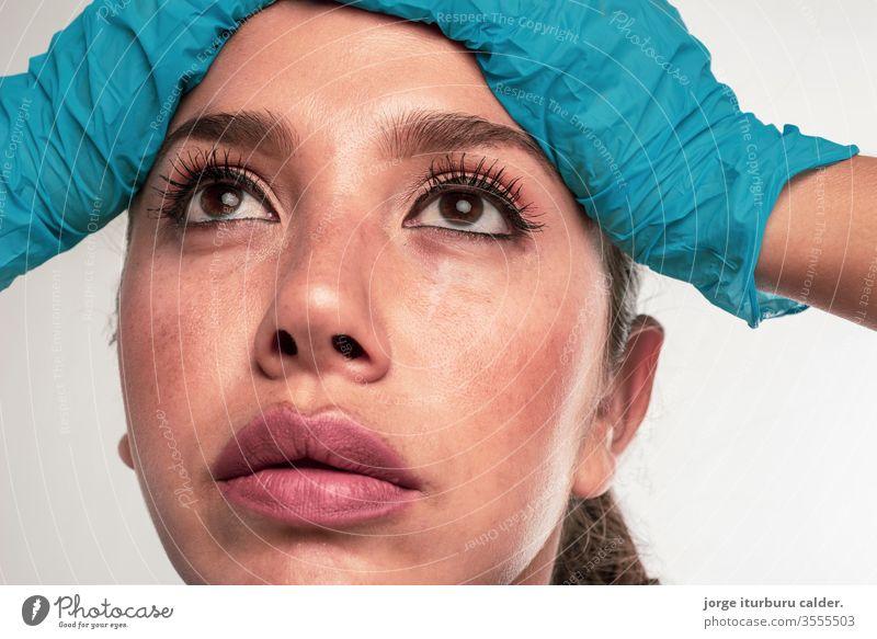 enfermera preocupada Mujer Coronavirus sexy Primer plano Pandemie