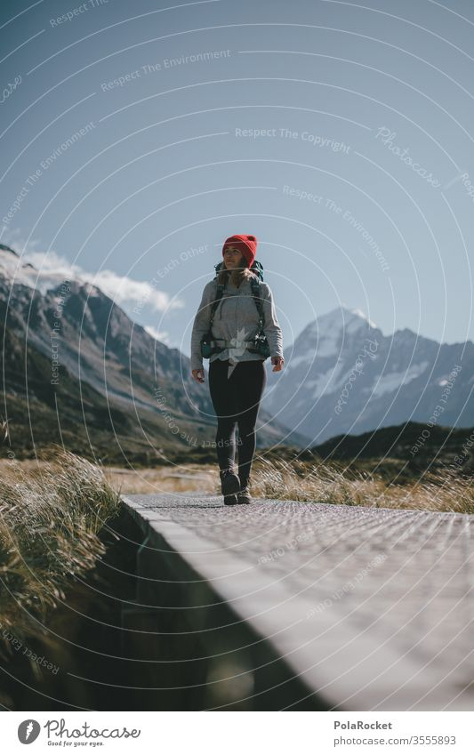 #As# on and on and on we go Kraft Weiblichkeit weiblich Frau Tourismus Neuseeland Landschaft Berge u. Gebirge Außenaufnahme Ferien & Urlaub & Reisen Natur