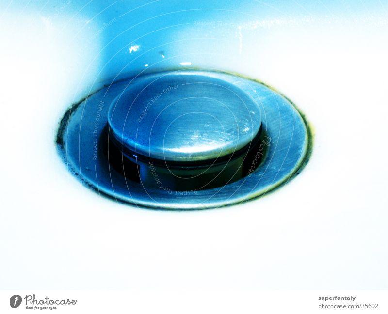 abfluß blau Wasser dreckig türkis zyan Abfluss Waschbecken Fototechnik Verschluss