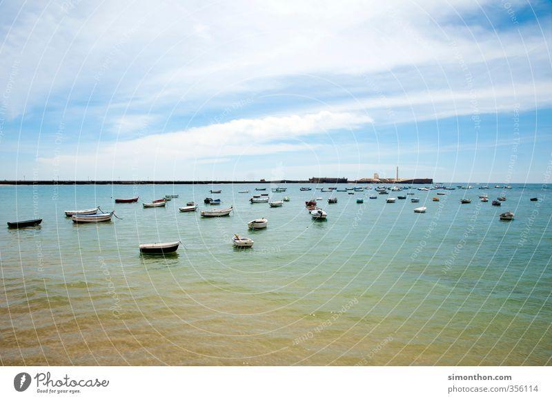 Boote vor Cadiz Natur Ferien & Urlaub & Reisen Stadt Sommer Sonne Meer ruhig Ferne Küste Horizont Wellen Idylle Tourismus Insel Europa Ausflug