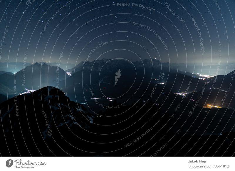 Nachthimmel der Alpen Gipfel Berge u. Gebirge Bergsteigen Biwak Klettern Himmel Natur Wolken Abend Deutschland Österreich Schweiz Zugspitze Mittenwald