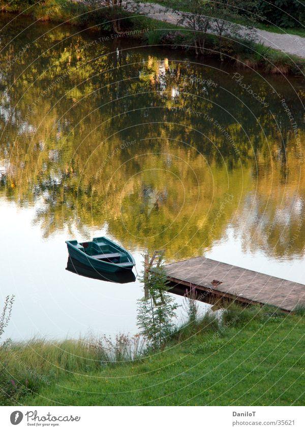 wonderful silence Wasser ruhig See Wasserfahrzeug Steg Teich Ente
