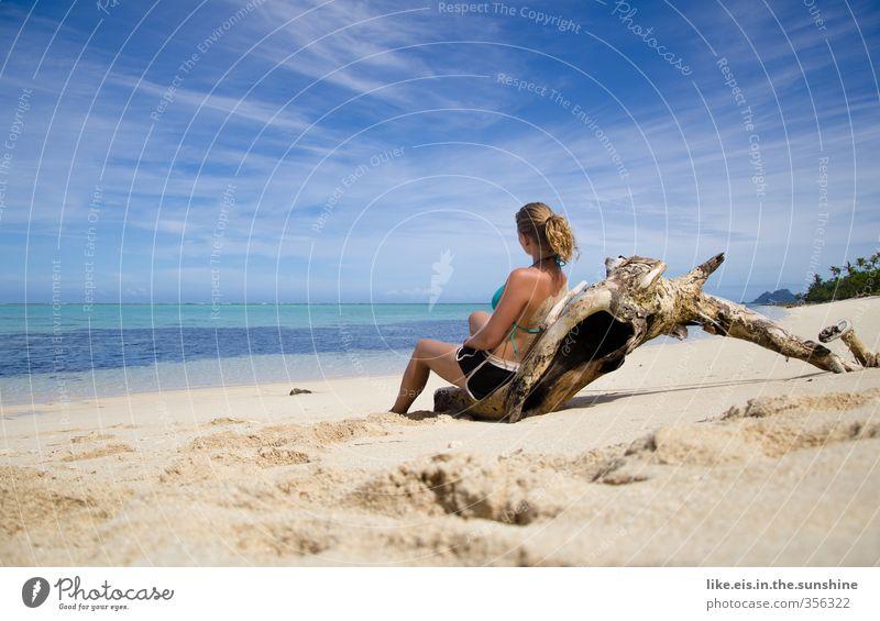 gedankenverloren auf fiji Natur Jugendliche Ferien & Urlaub & Reisen schön Sommer Sonne Meer Erholung ruhig Strand Junge Frau Erwachsene 18-30 Jahre feminin