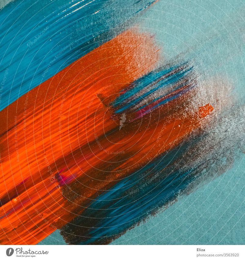 Rote und blaue Pinselstriche mit Acrylfarbe auf blauem Untergrund. Malerei. Abstrakt. Farbe Arylfarbe abstrakt Kunst wild chaos rot mischen Strukturen & Formen