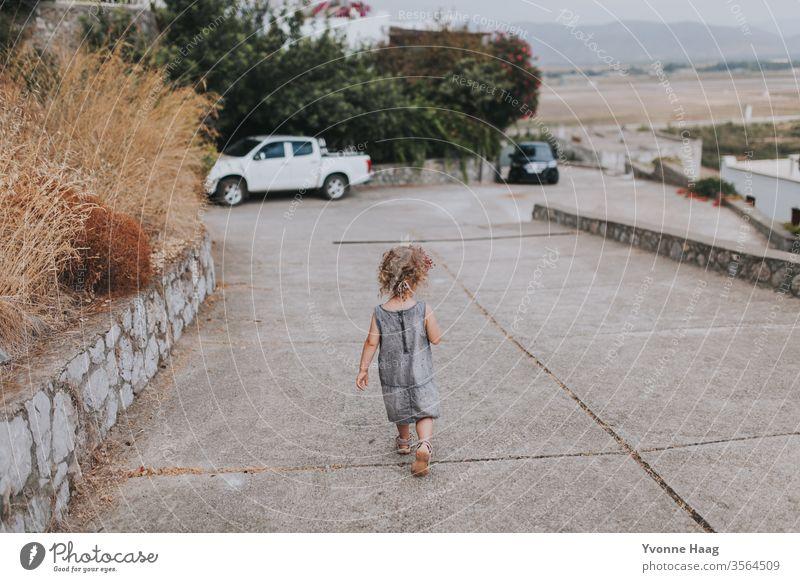 Spaziergang Strand Himmel Küste Wolken Farbfoto Natur Wind Außenaufnahme Landschaft Wasser schlechtes Wetter Klima Umwelt Urelemente Tag Luft Regen Klimawandel