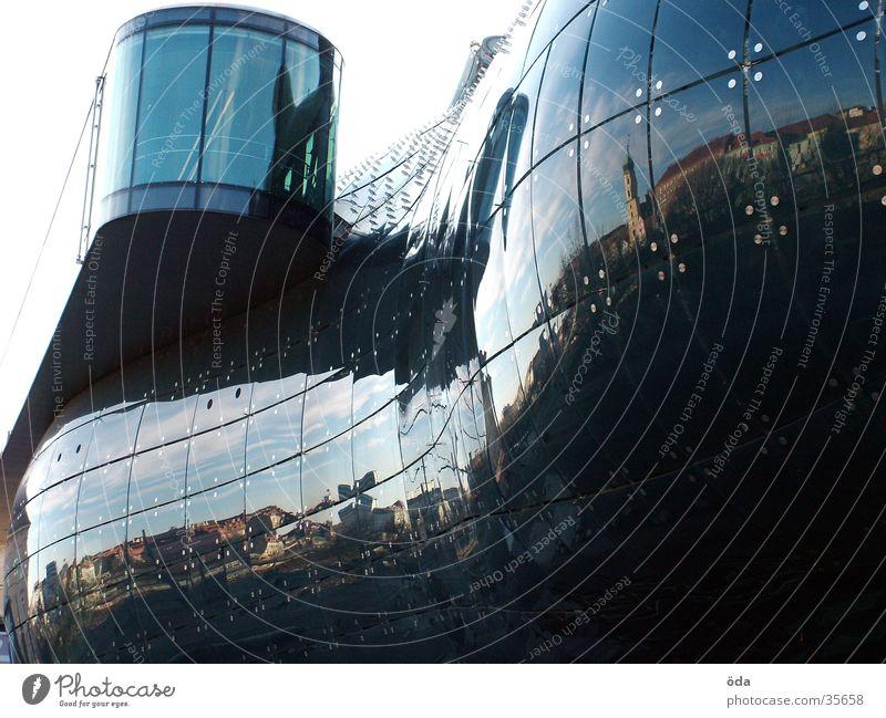 Kunsthaus Graz Reflexion & Spiegelung Bauwerk glänzend Architektur Glas modern Needle