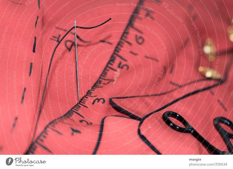 Maßnehmen Jacke wie Hose rot Mode Linie Arbeit & Erwerbstätigkeit rosa Design Bekleidung Ziffern & Zahlen Stoff Kleid Handwerk Knöpfe Nähgarn messen