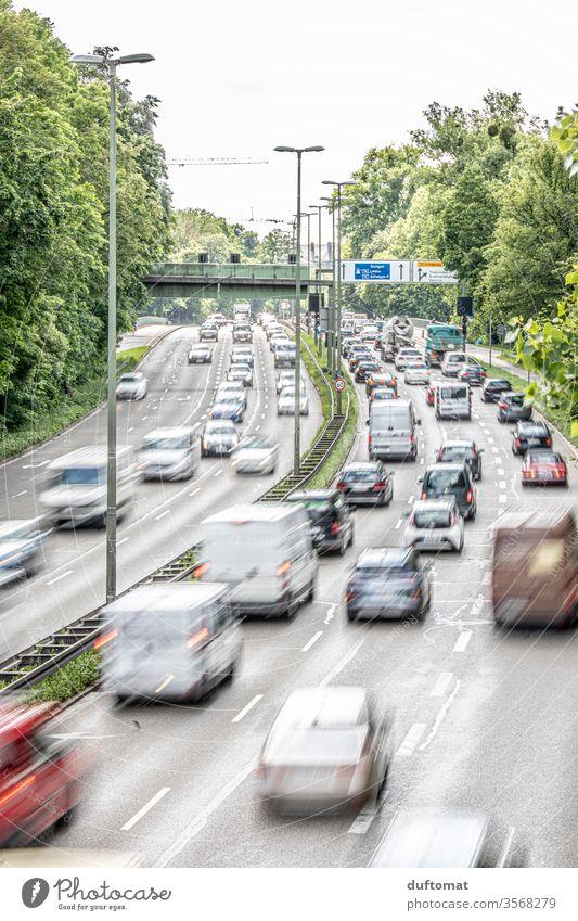 Rush Hour Auto Verkehr Berufsverkehr wege Reise schnell Geschwindigkeit Autofahren Fahrt eilig Straße PKW Straßenverkehr Verkehrswege Verkehrsmittel Fahrzeug