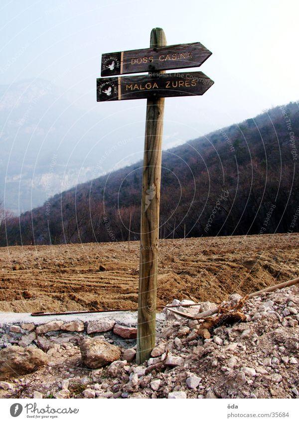 Wegweiser Richtung Orientierung Verkehr Wege & Pfade Schilder & Markierungen Navigaiton