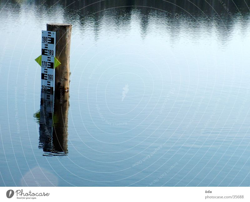 Pegel #2 Wasserstand See Teich Skala obskur Niveau Anzeige